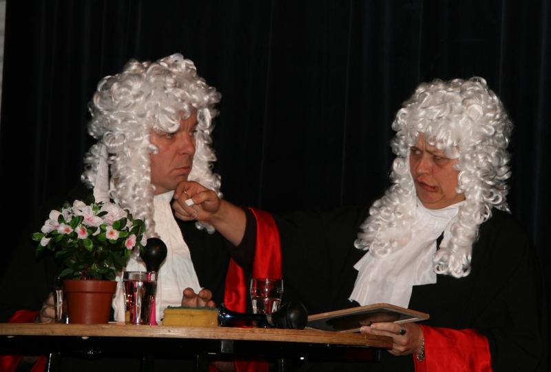 1509 Theatersportwedstrijd LvB scheidsrechters